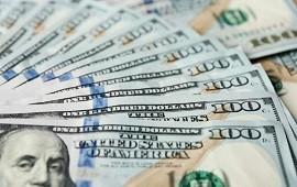 19/10/2020: A la espera de medidas, el dólar blue sigue en alza y cerró a $181