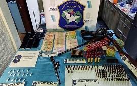 23/10/2021: Merlo: detuvieron a 11 narcos que tenían un kiosco como