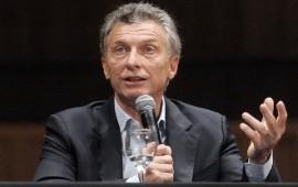 Macri quiere ir a Davos y considera la necesidad de un billete de 500 pesos