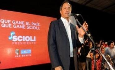 Scioli culpó a Macri por suba de medicamentos y los farmacéuticos lo cruzaron