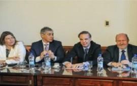Un traspié para el Gobierno al desactivar los gobernadores peronistas la reforma política