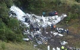 Se estrelló el avión que trasladaba a Chapecoense de Brasil: 75 muertos y 6 sobrevivientes