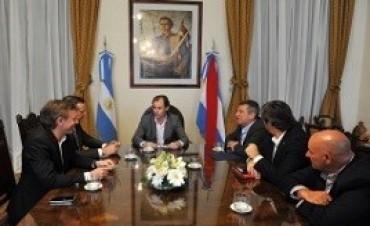 Bordet dialogó con los presidentes de los bloques del FpV sobre el proyecto de ley de presupuesto