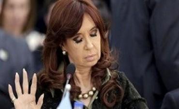 Cristina deberá devolver una de las dos pensiones vitalicias que cobra
