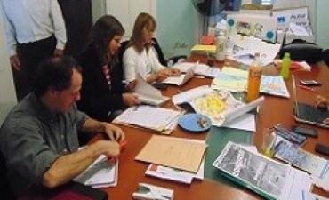 """La provincia seleccionó los trabajos ganadores del concurso """"La energía un valioso recurso"""""""