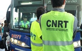 13/11/2017: La CNRT detuvo un micro sin habilitación que trasladaba estudiantes hacia Bariloche