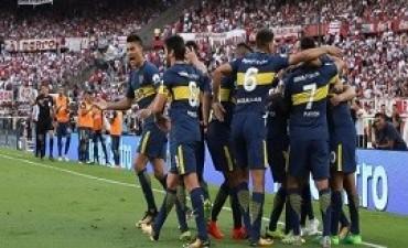 06/11/2017: Boca le dio otro cachetazo a River y sigue imparable en la Superliga