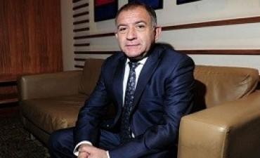 08/11/2017: Luis Juez removido de la embajada en Quito por decirle