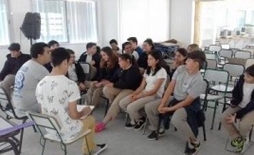 15/11/2017: Alumnos de Concordia trabajaron sobre discriminación y falta de atención