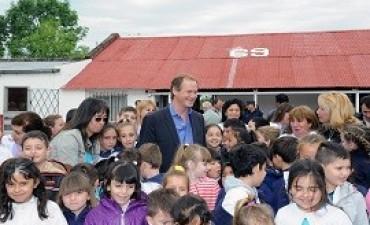 24/11/2017: Bordet afirmó que las escuelas doble jornada son un orgullo para Entre Ríos