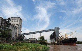 03/11/2018: Buscan optimizar el funcionamiento de los puertos entrerrianos a través del uso de bitrenes