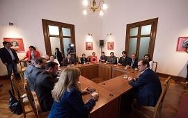 13/11/2018: Bordet destacó la política de transparencia de su gestión ante el Colegio de Abogados de Paraná