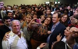 14/11/2018: Bordet reabrirá las paritarias y convocó a los gremios estatales para este martes