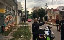 27/11/2018: Horror en Tolosa: un ex policía mató a su hijastro de diez años, hirió a su pareja y se atrincheró