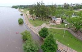 01/11/2019: El río Uruguay creció frente al puerto de Concordia e informaron a qué altura podría llegar