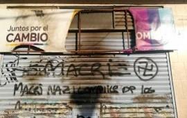 """06/11/2019: Atacaron un local de Juntos por el Cambio en La Plata y amenazaron al intendente Julio Garro: """"Hay que sacar a esa lacra como sea"""""""