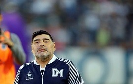 25/11/2019: Opinión | Despedida y regreso made in Maradona