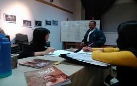 Acto de cierre de los talleres de lengua y cultura nativas y restauración de cerámica en el Museo Serrano