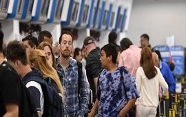 18/12/2017: Aerolíneas Argentinas y Latam, sin vuelos: piden que sus pasajeros no vayan a los aeropuertos