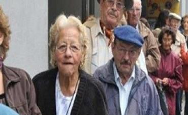 26/12/2017: Jubilados y pensionados bonaerenses cobrarán sus haberes desde el jueves 28
