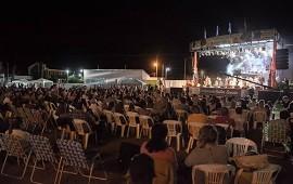 07/12/2018: Todo listo para la primera noche de la 41° Fiesta Nacional de la Citricultura