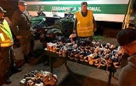 05/12/2019: Autovía Artigas: Gendarmería incautó un cargamento de zapatillas por un valor de más de 100 mil pesos