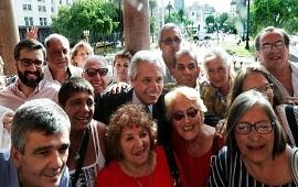 """18/12/2019: Alberto Fernández, a un grupo de jubilados: """"Vamos a priorizar a los que están en el pozo de la pobreza y fueron abandonados por el Estado"""""""