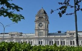 22/12/2020: El gobierno provincial convocó a los gremios estatales para este miércoles